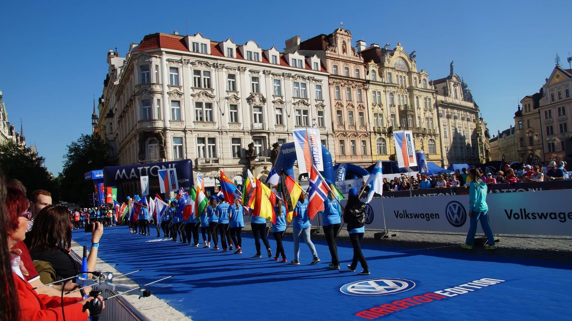 Start Volkswagen maratonu Praha